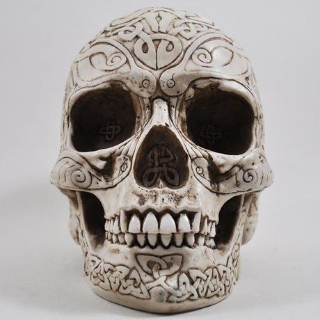 Design Clinic - Celtic Skull in Bone Finish